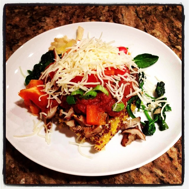 Quinoa_BBQ_polenta_with_veggies___cheese.